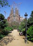 Vue de stationnement de Sagrada Familia. Photographie stock libre de droits