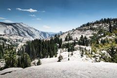 Vue de stationnement national de Yosemite Images libres de droits