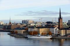 Vue de Stockholm avec l'église de Riddarholm, Suède Photos libres de droits