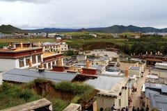 Vue de temple de Songzanlin Image stock