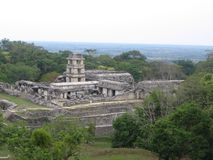 Vue de temple maya images libres de droits