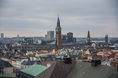 Vue de tour de Christiansborg copenhague denmark photographie stock