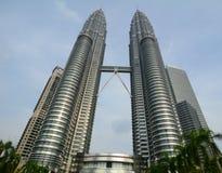 Vue de tour de Petronas en Malaisie Photos libres de droits