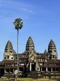 Vue de trois tours de temple d'Angkor Wat photo stock
