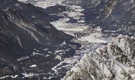 Vue de vallée de Loisach bavaria l'allemagne photographie stock libre de droits