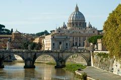 Vue de Vatican avec la basilique de Peter de saint Photo libre de droits