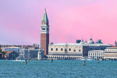 Vue de Venise de piscine découverte photos stock