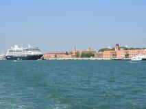 Vue de Venise, de l'Italie et de son autre architecture du canal grand, temps clair photographie stock
