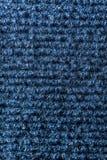 Vue de verticale d'éponge de cuisine de nettoyage images stock