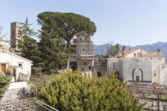 Vue de villa Rufolo dans la côte Salerno Italie d'Amalfi Images stock