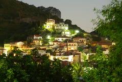 Vue de village par nuit Image stock
