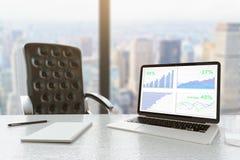 Vue de ville d'ordinateur portable de graphique de gestion Image stock