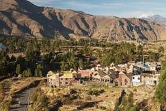 Vue de ville de Chivay au Pérou Photos libres de droits