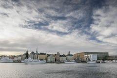 Vue de ville de Stockholm de l'eau Images stock