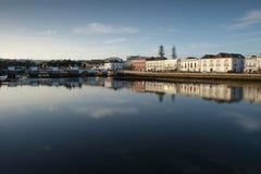 Vue de ville de Tavira au Portugal Photographie stock