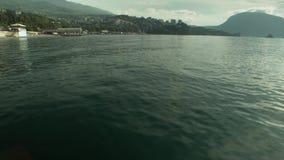 Vue de ville de mer de la mer banque de vidéos