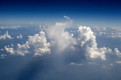 vue de vol de 32 nuages Photo stock