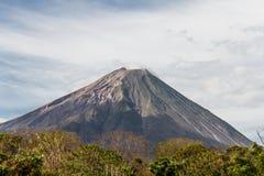 Vue de Volcano Concepcion dans Ometepe Photographie stock libre de droits