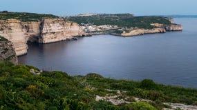 Vue de Xlendi de falaise image libre de droits