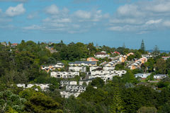 Vue de zone résidentielle, maisons de voisinage Photos stock