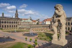 Vue de Zwinger Der Dresdner Zwinger et château, Dresde, Allemagne image libre de droits