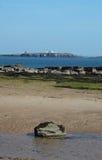 Vue des îles de Farne, le Northumberland images stock