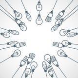 Vue des ampoules accrochant sur des cordes Photographie stock libre de droits