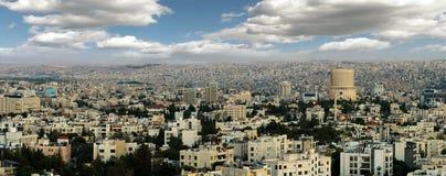 Vue des bâtiments modernes à Amman la capitale de la Jordanie Photographie stock libre de droits