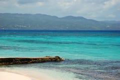 Vue des Caraïbes de l'eau Image libre de droits