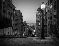 Vue des dessus de toit de Paris du haut d'un Montmartr Images libres de droits