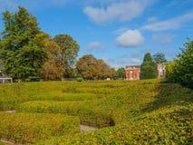 Vue des jardins de Kensington à Londres un jour ensoleillé image libre de droits