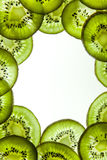 Vue des kiwis coupés en tranches Photo stock