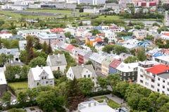 Vue des maisons colorées de Reykjavik du centre Images libres de droits