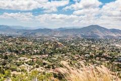 Vue des montagnes et de la ville du Mt Parc d'hélice image stock