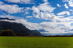 Vue des montagnes et des nuages photo libre de droits