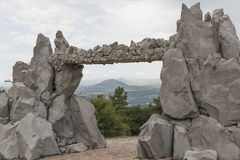 Vue des montagnes par la porte du Sun, Pyatigorsk, Russie Image libre de droits