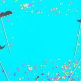 Vue des moustaches de confettis et de papier sur le fond bleu Image stock