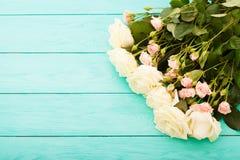 Vue des roses colorées Vue supérieure et foyer sélectif Voir les mes autres travaux dans le portfolio Copiez l'espace Saint Valen Photographie stock