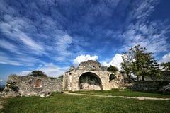 Vue des ruines de la forteresse d'Anakopia du 7ème siècle photos stock