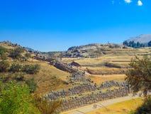 Vue des ruines de Sacsayhuaman et de la ville de Cusco, Cusco, Pérou Photographie stock