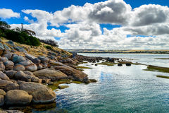 Vue dramatique chez Victor Harbor d'île de granit Images libres de droits