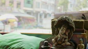 Vue du bus local au Népal, Katmandou banque de vidéos