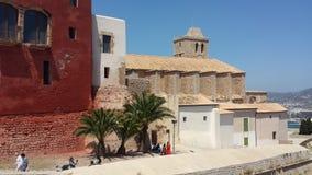 Vue du château historique d'Ibiza Espagne montrant l'architecture historique et les ruines image stock