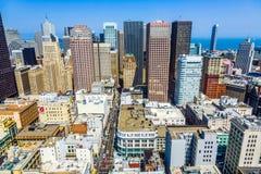 Vue du dessus de toit à la ville Photos stock