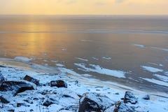 Vue du golfe de Finlande congelé dans le wiinter St Petersburg, Russie photos libres de droits