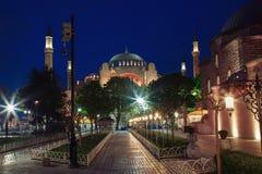 Vue du Hagia Sophia la nuit à Istanbul, Turquie Photos stock