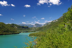 Vue du lac de Cavazzo Images libres de droits