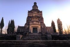 Vue du mausolée et du cimetière d'Adda de ` de Crespi d Photo stock