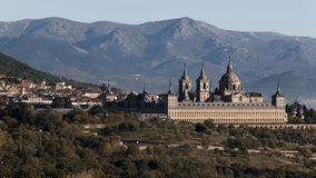 Vue du monastère royal de l'EL Escorial en San Lorenzo del Es photographie stock