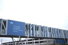 Vue du nouvel aéroport de Trieste Image libre de droits